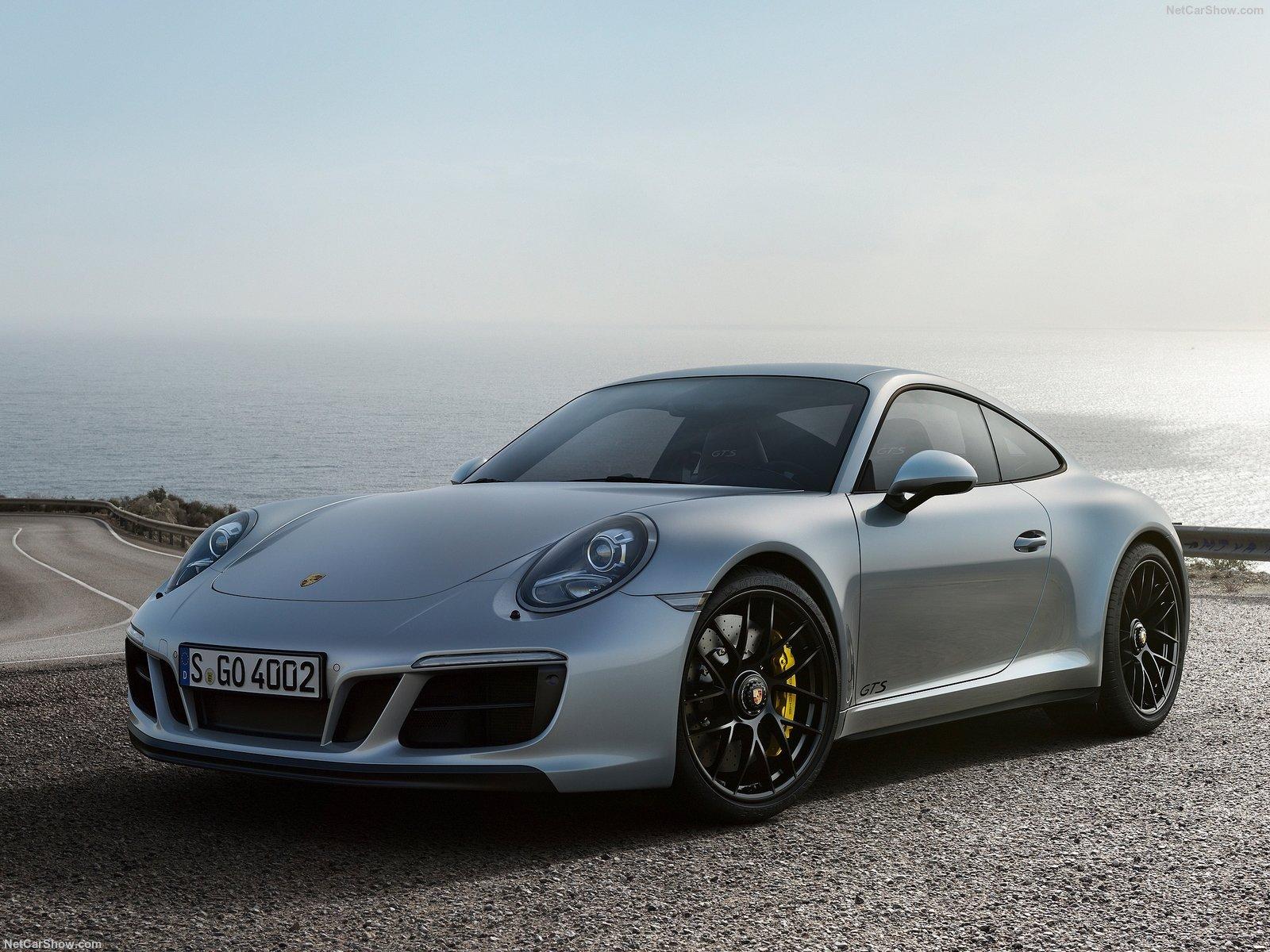 Porsche-911_GTS-2018-1600-01.jpg
