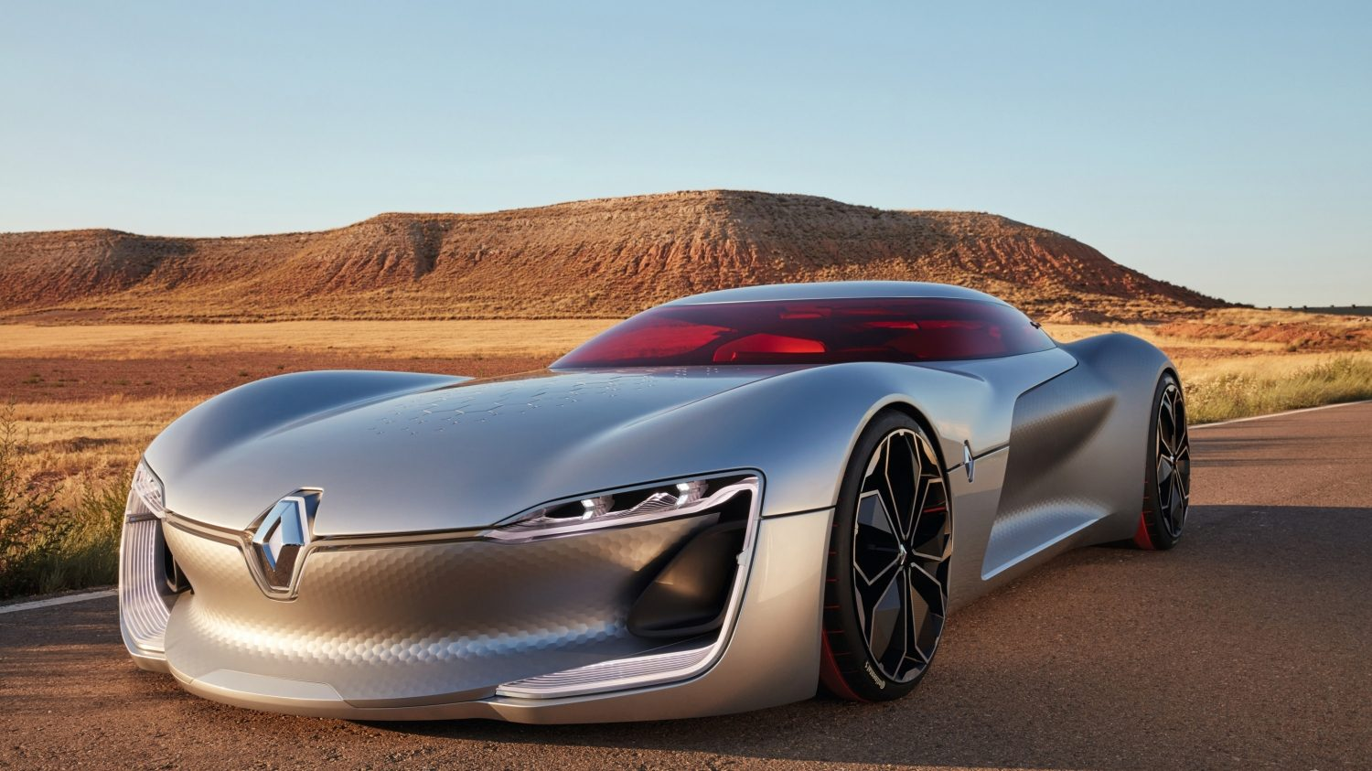 The hexagonal surface treatment gives this Renault a futurist feel.