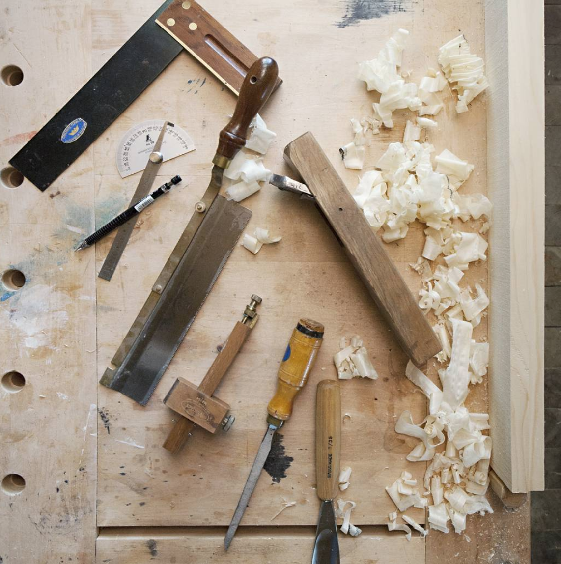 February 2018  Nikari November stories : working with wood, a book   A Nordic perspective on cabinet making.The story of Nikari, master cabinet maker Kari Virtanen, the company craftsmen and their designers.
