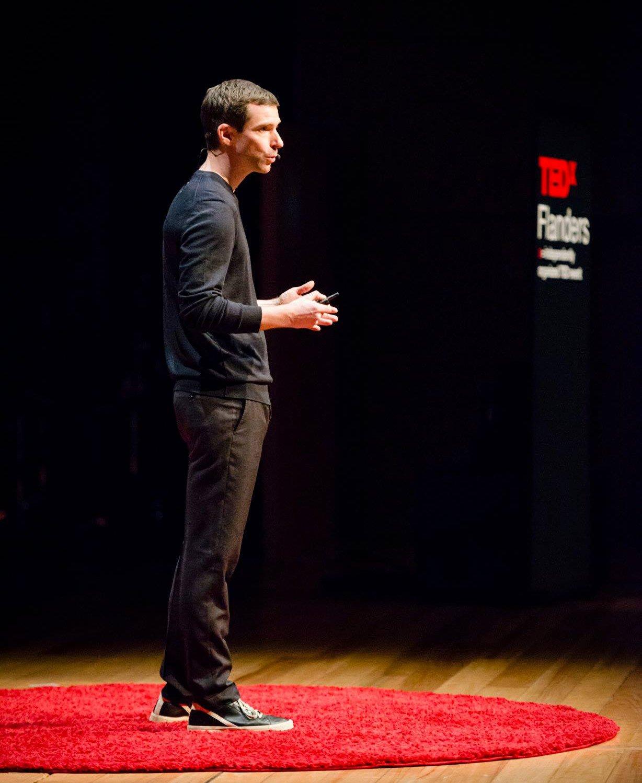 Joris-Vanbriel-at-TEDx-Flanders-01.jpg