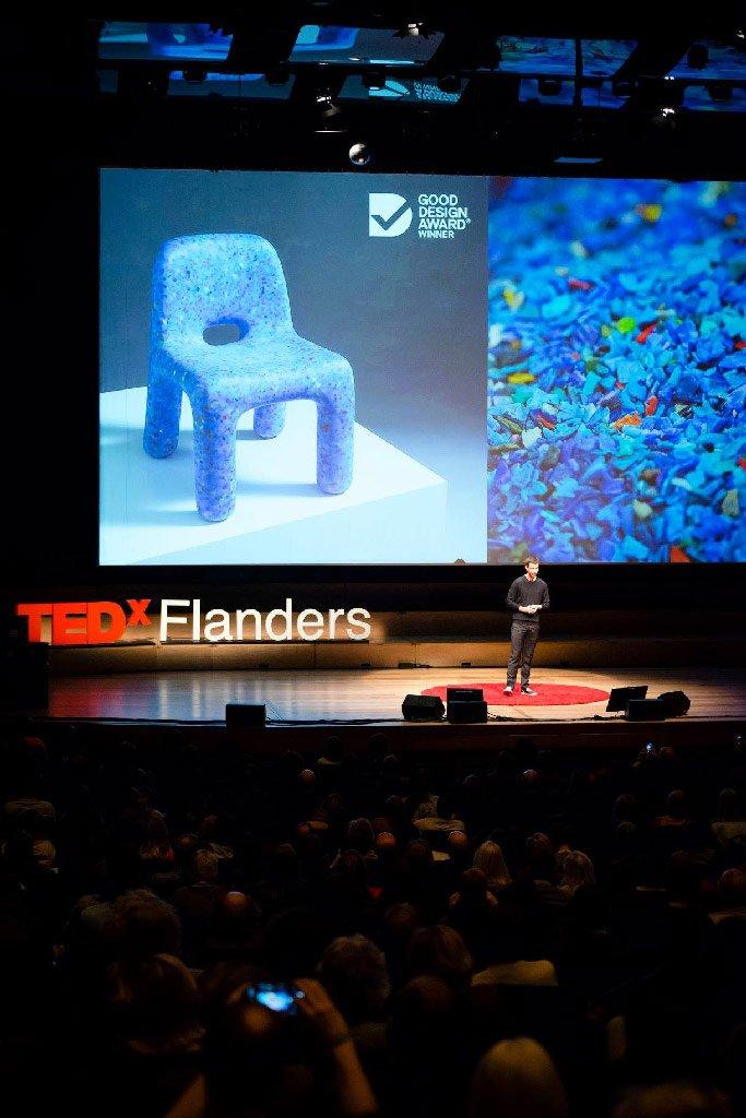 Joris-Vanbriel-at-TEDx-Flanders-02.jpg