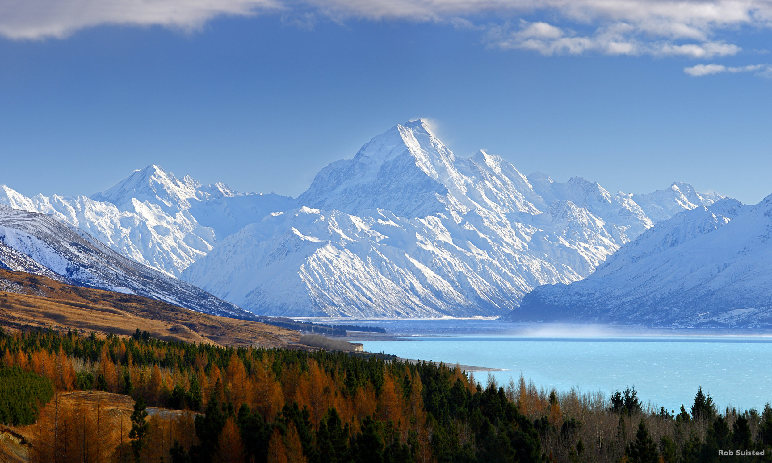 Mount Cook - NZ's highest mountain. A great day trip from Woodbury Safari Lodge.