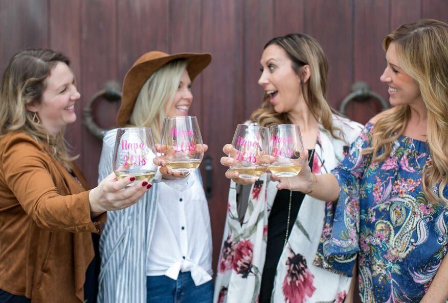 Napa-Girls-trip-wine-tasting.jpg