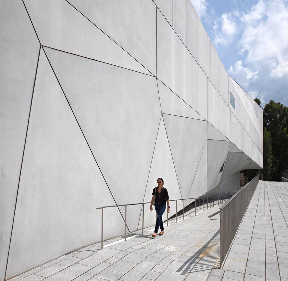 The Tel Aviv Museum