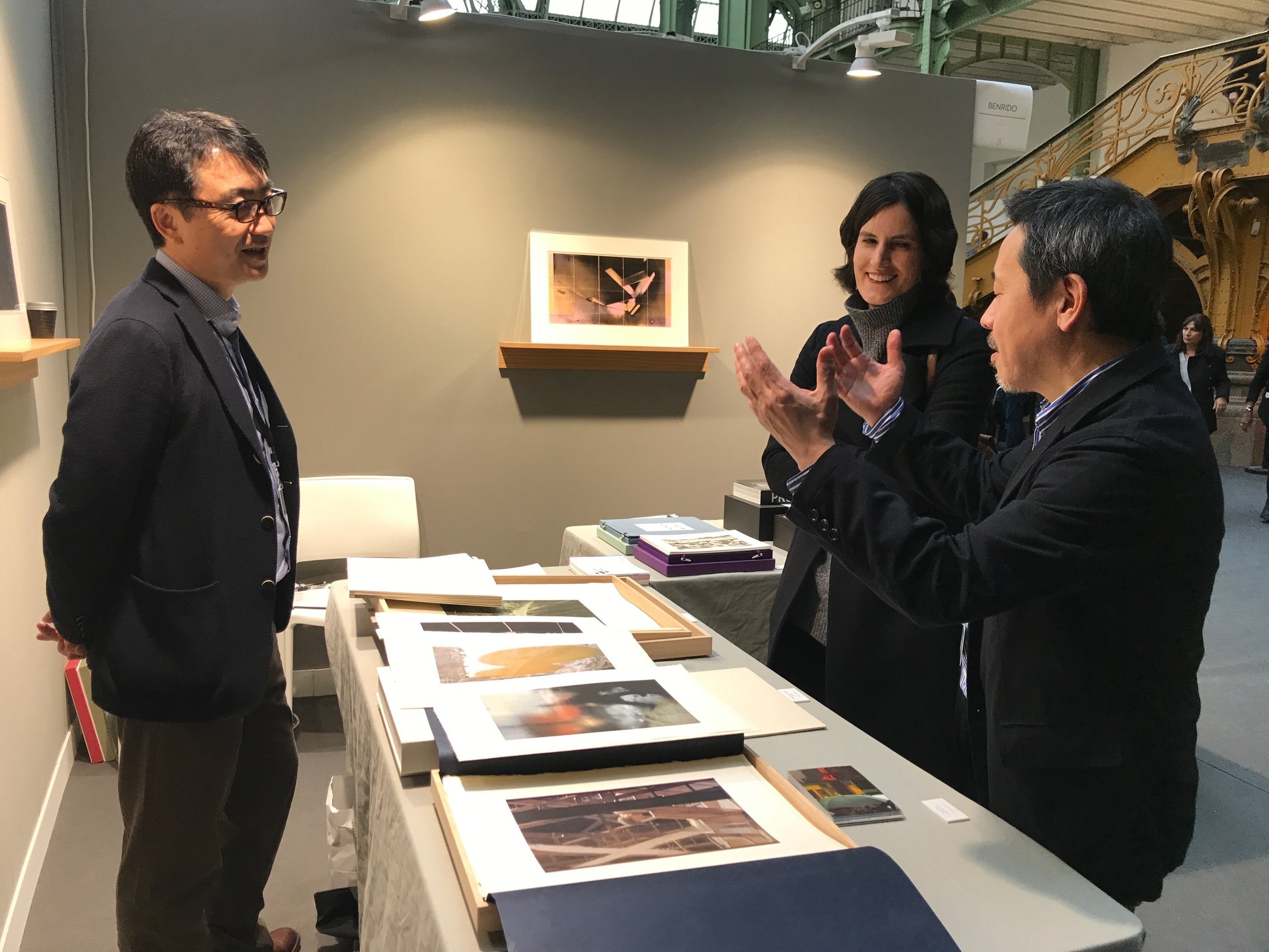 Benrido's CEO Takumi Suzuki (left), Margit Erb, Director of the Saul Leiter Foundation (centre) and Taka Kawachi, Overseas Division Director of Benrido (right)