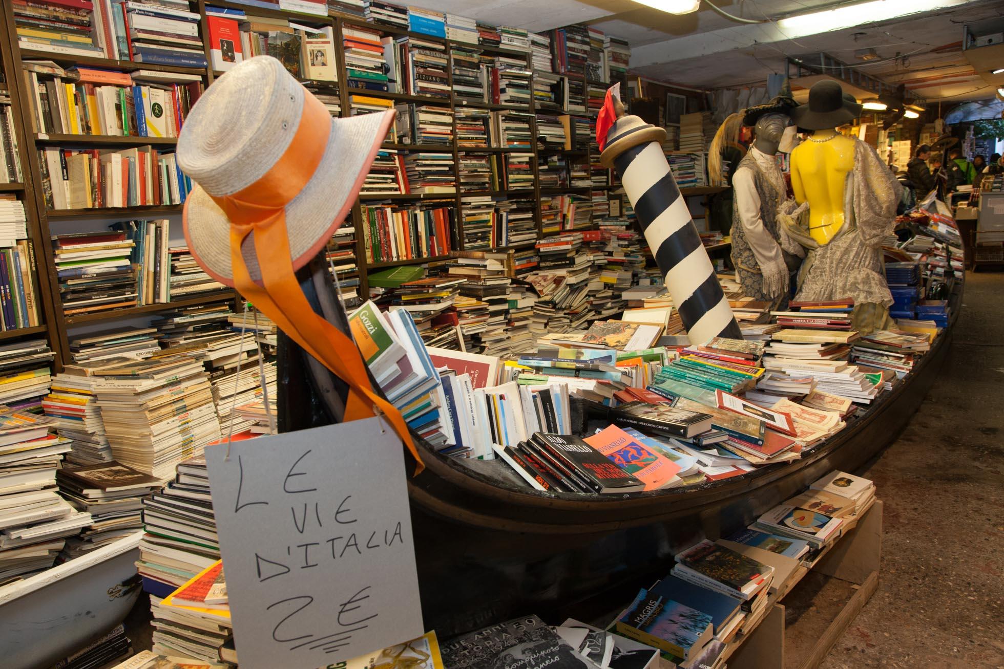 Libreria Aqua Alta