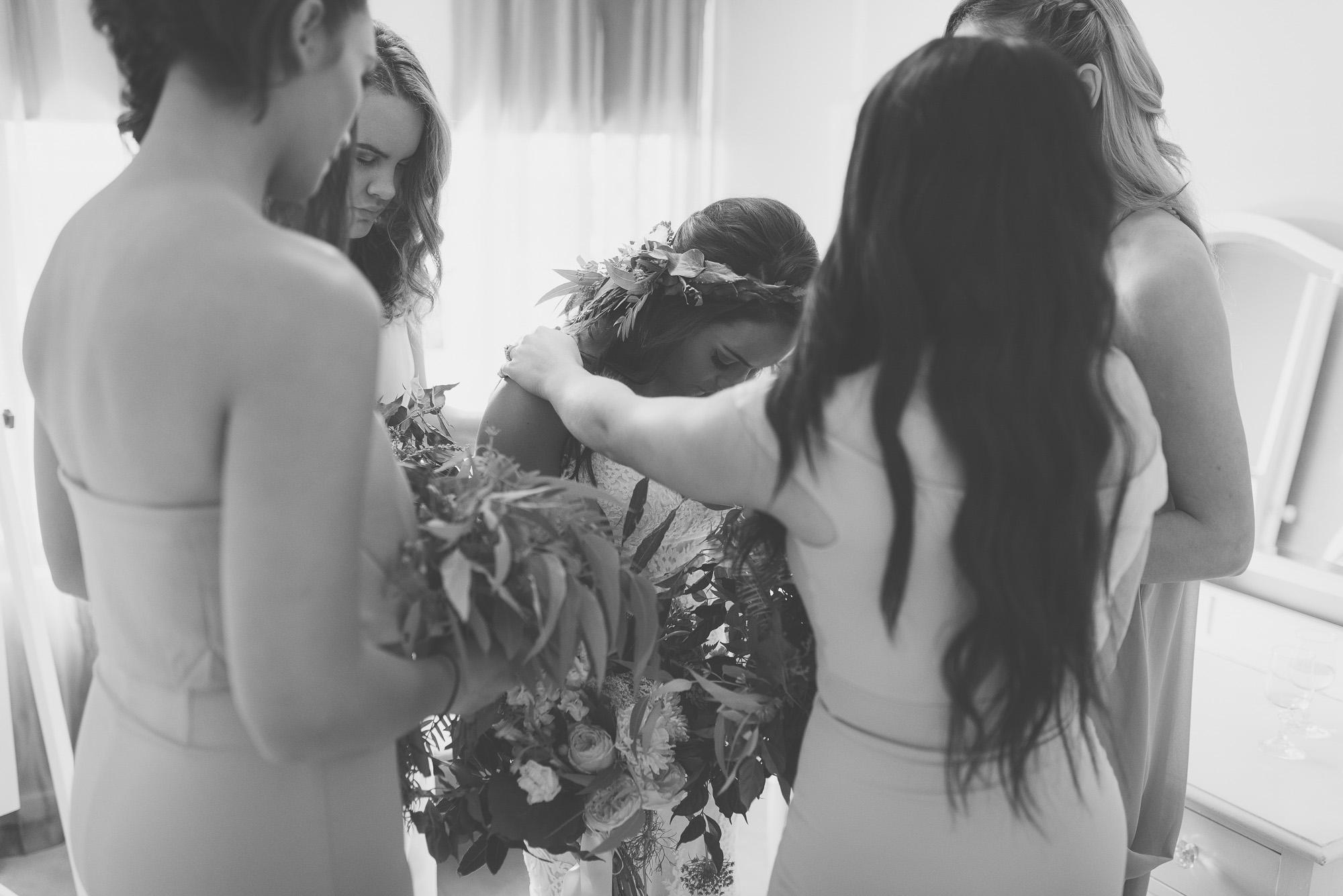 wedding-photographer-outdoor-casual-styled-los-angeles-australia-california-international-earthbound -27.jpg