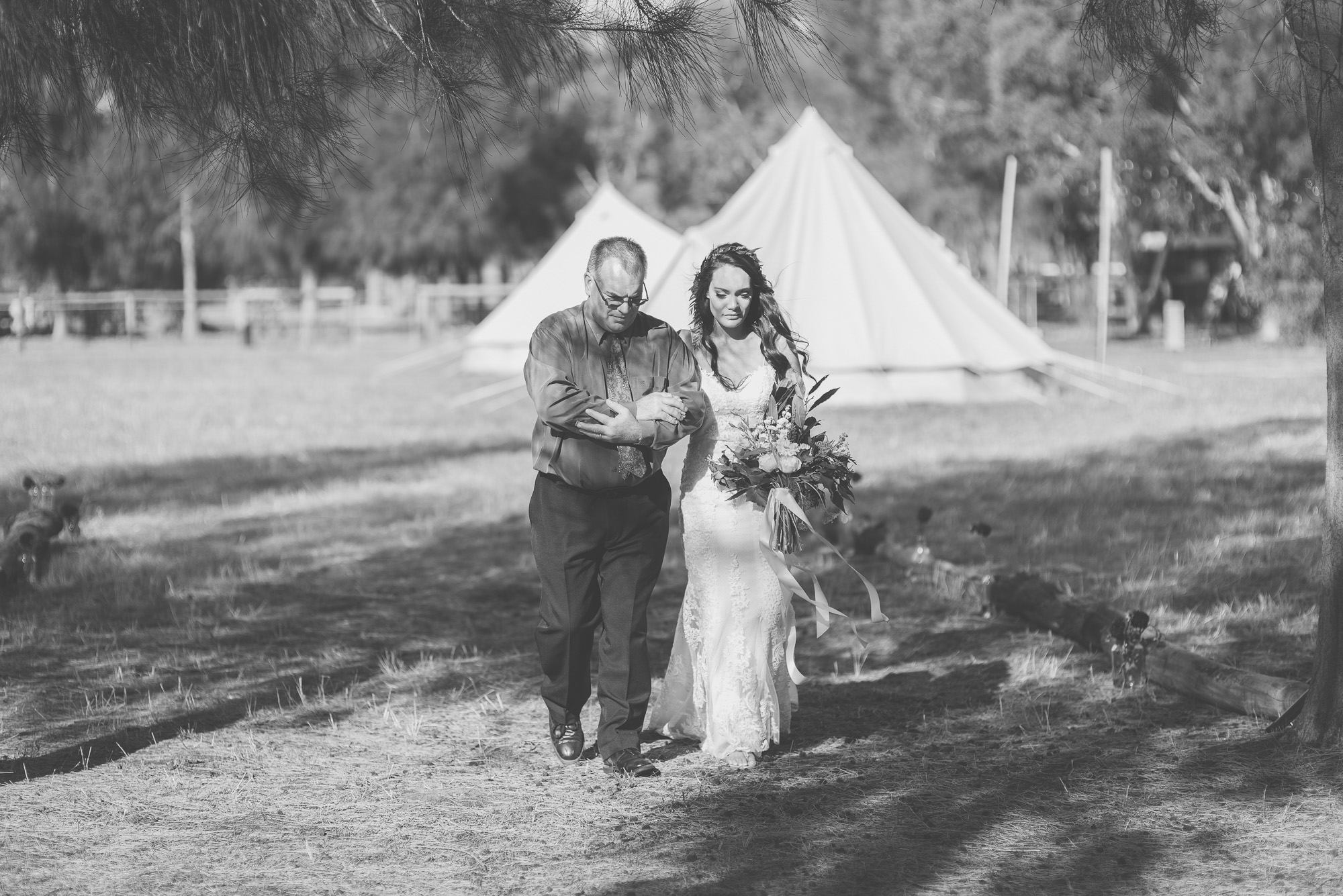 wedding-photographer-outdoor-casual-styled-los-angeles-australia-california-international-earthbound -32.jpg