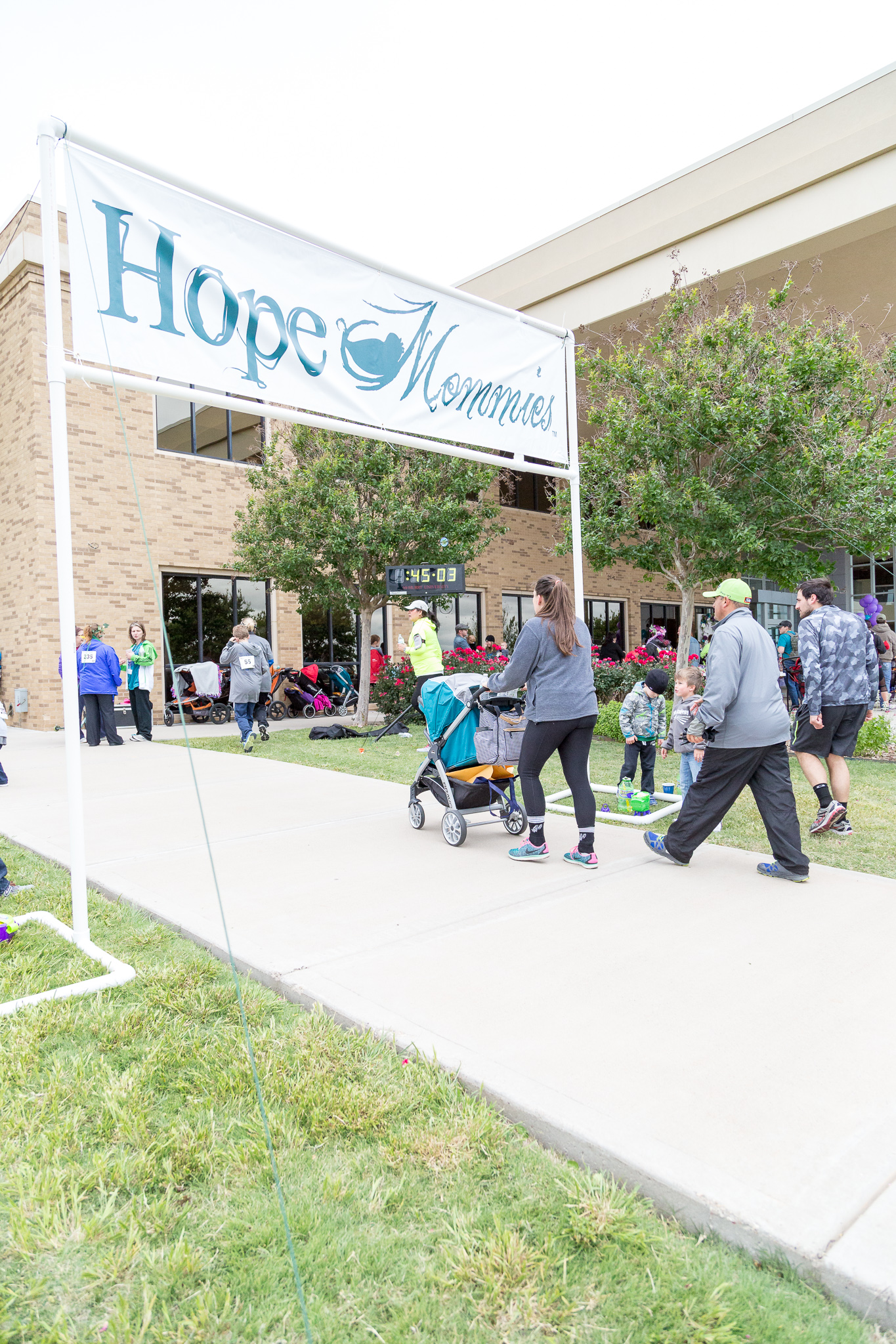 2017 Hope Mommies 5K-87.jpg