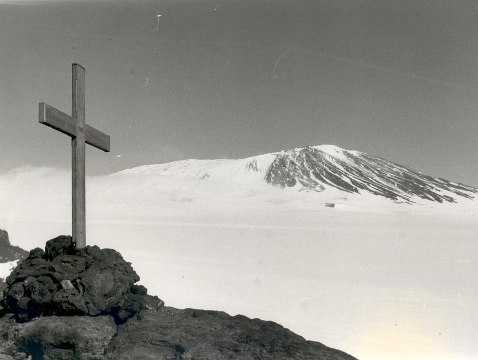 http://www.nzhistory.net.nz/culture/erebus-disaster, (Ministry for Culture and Heritage), updated 15-Aug-2014