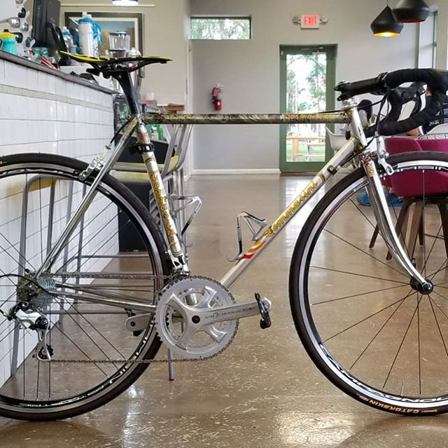 Fun resto-mod for a customer. Full Campy build on a great Tommasini. Another shop recommended a whole new bike. This one is perfectly awesome!  #campagnolopotenza #vintagebike