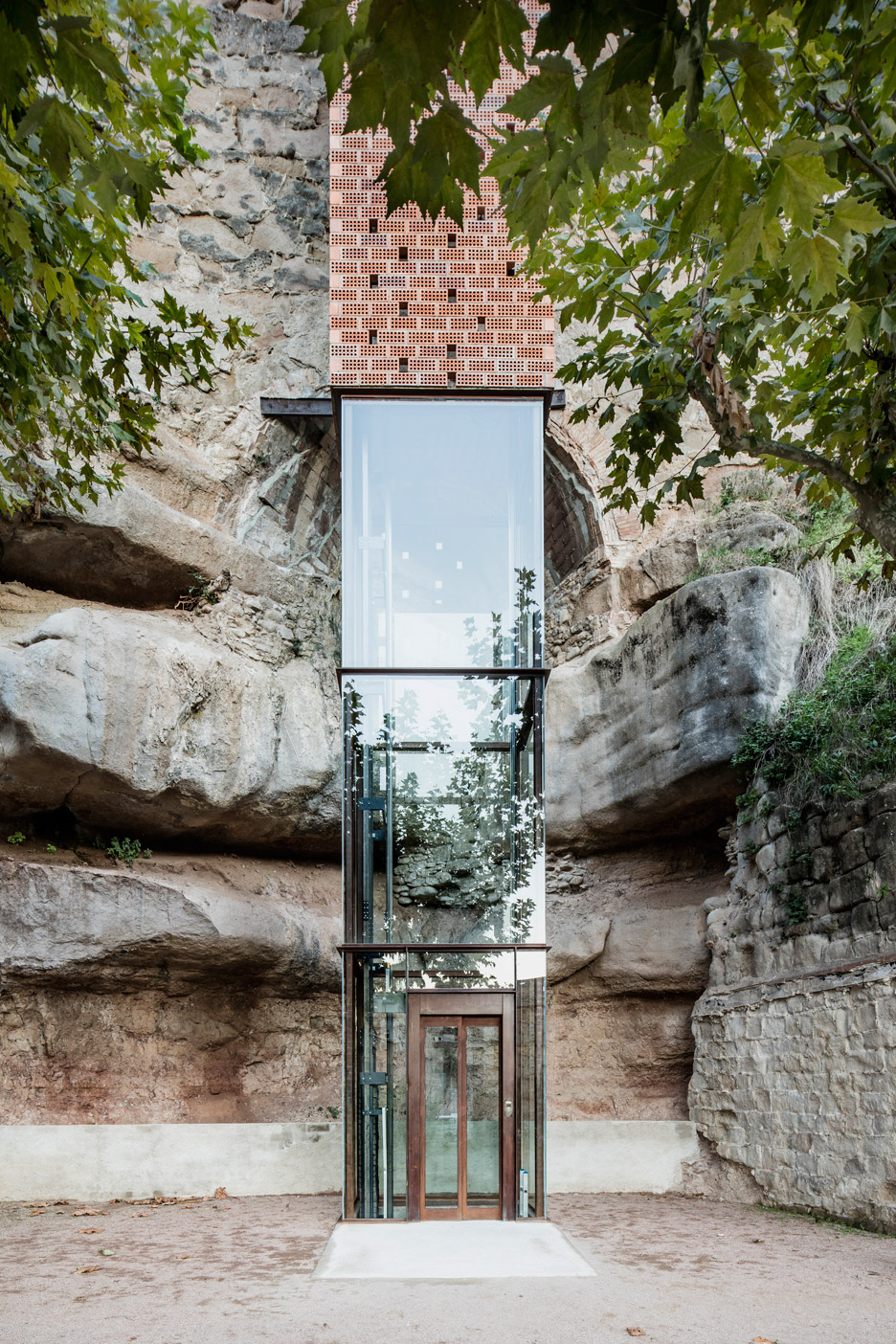 New-Access-to-Gironellas-Historic-Center_Barcelona-Spain_Carles-Enrich_dezeen_936_12.jpg