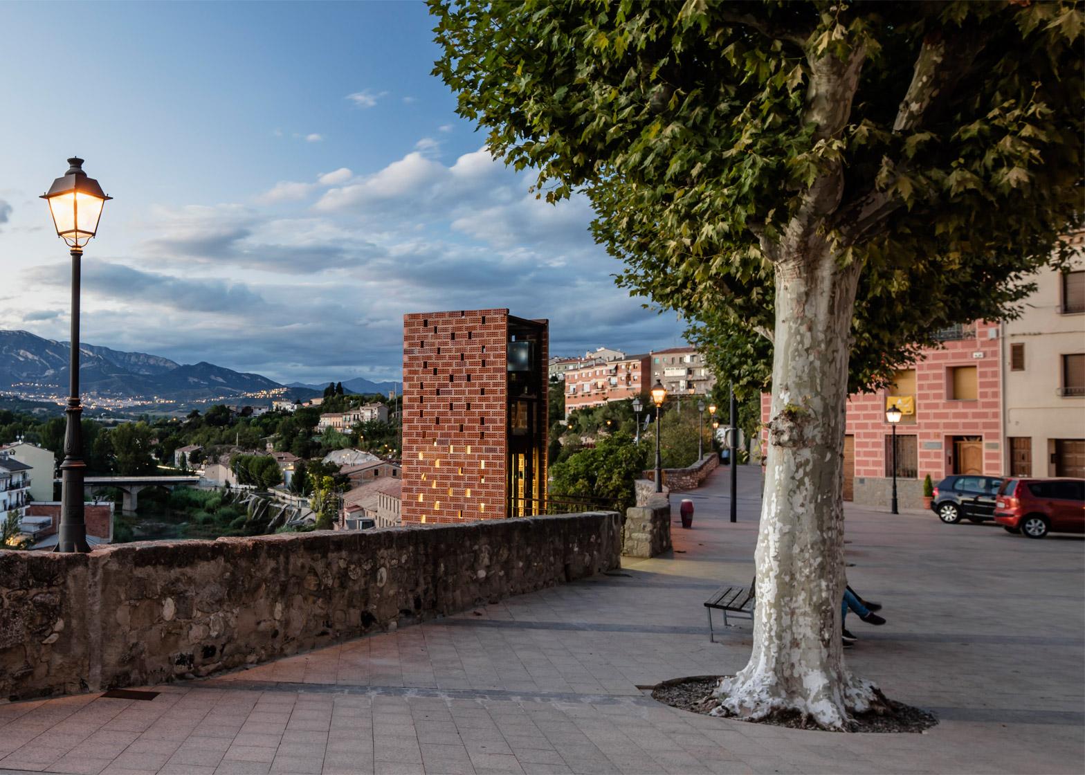 New-Access-to-Gironellas-Historic-Center_Barcelona-Spain_Carles-Enrich_dezeen_1568_7.jpg