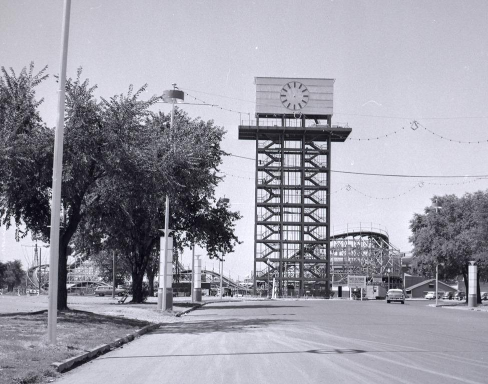 cne-shell-oil-tower-02.jpg