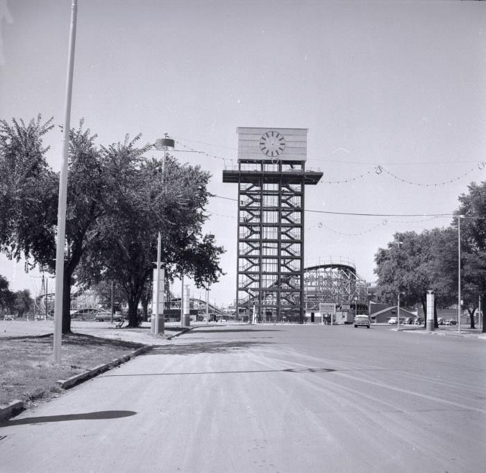 cne-shell-oil-tower-04.jpg