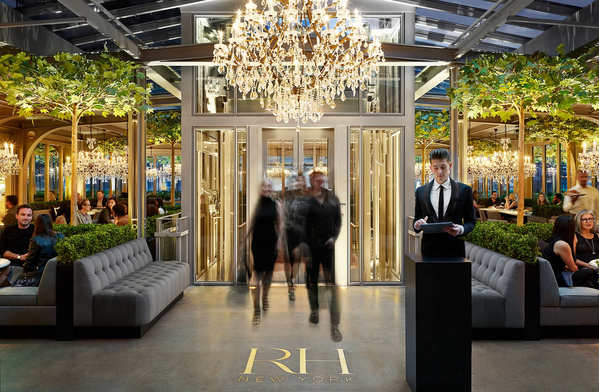 Restoration Hardware - New York - Glass Elevator 02.jpeg