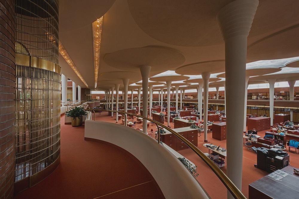 Interior Building 01a.jpg
