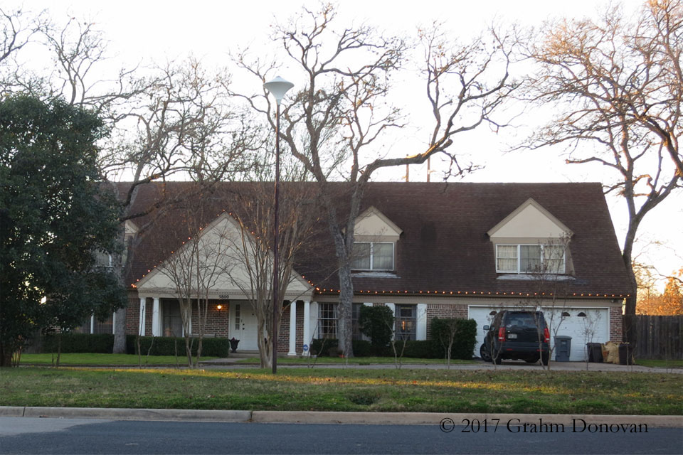 Pickford's house from  Dazed and Confused , as seen in January 2015