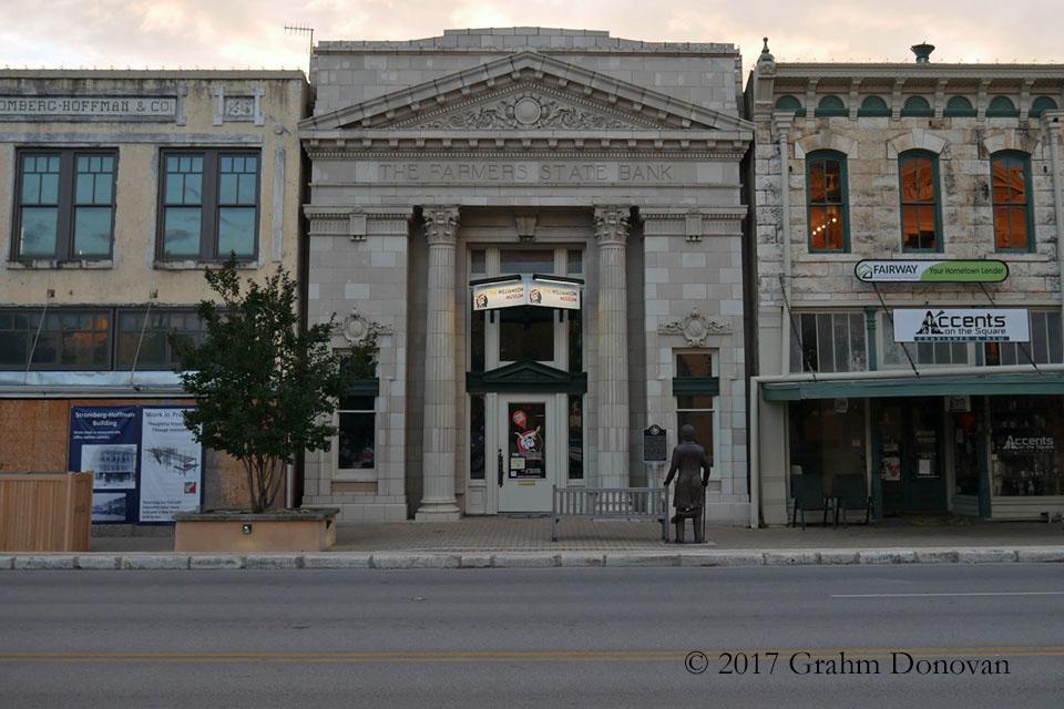 Downtown Ashcroft - Farmer's National Bank