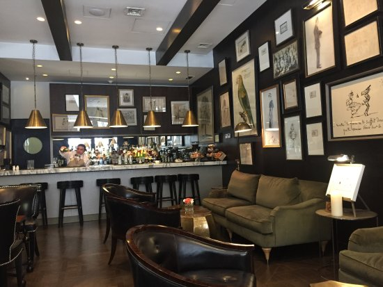 lobby-bar.jpg