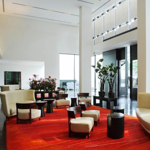 Metropolitan Bangkok - Hotel -  Lobby .jpg