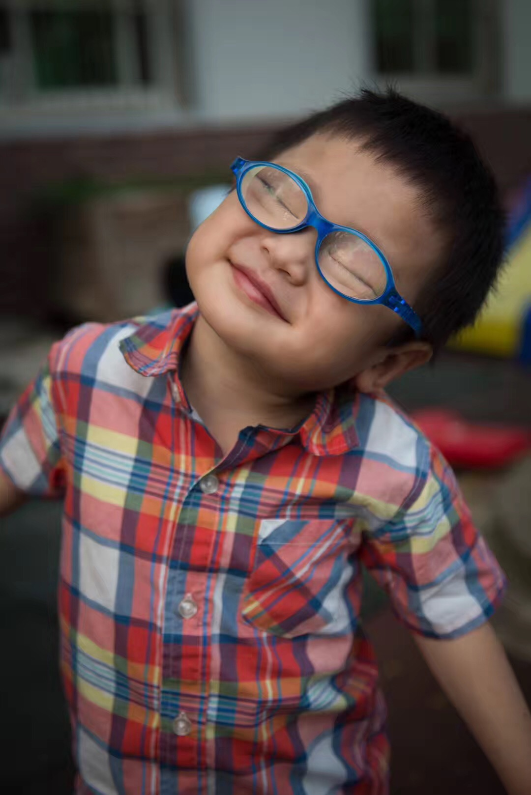 Zhao YB   Medical Condition: Cataracts, Autism