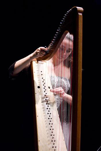 Maria-Christina-Cleary-performing-at-the-2011-Sligo-Baroque-Festival.jpg