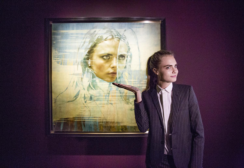 Cara Delevingne shows off her portrait