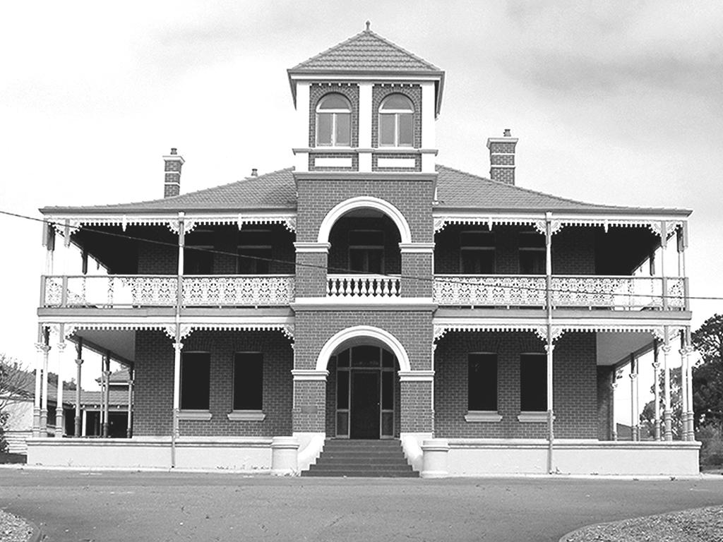 The Edward Millen home - East Victoria Park, Perth
