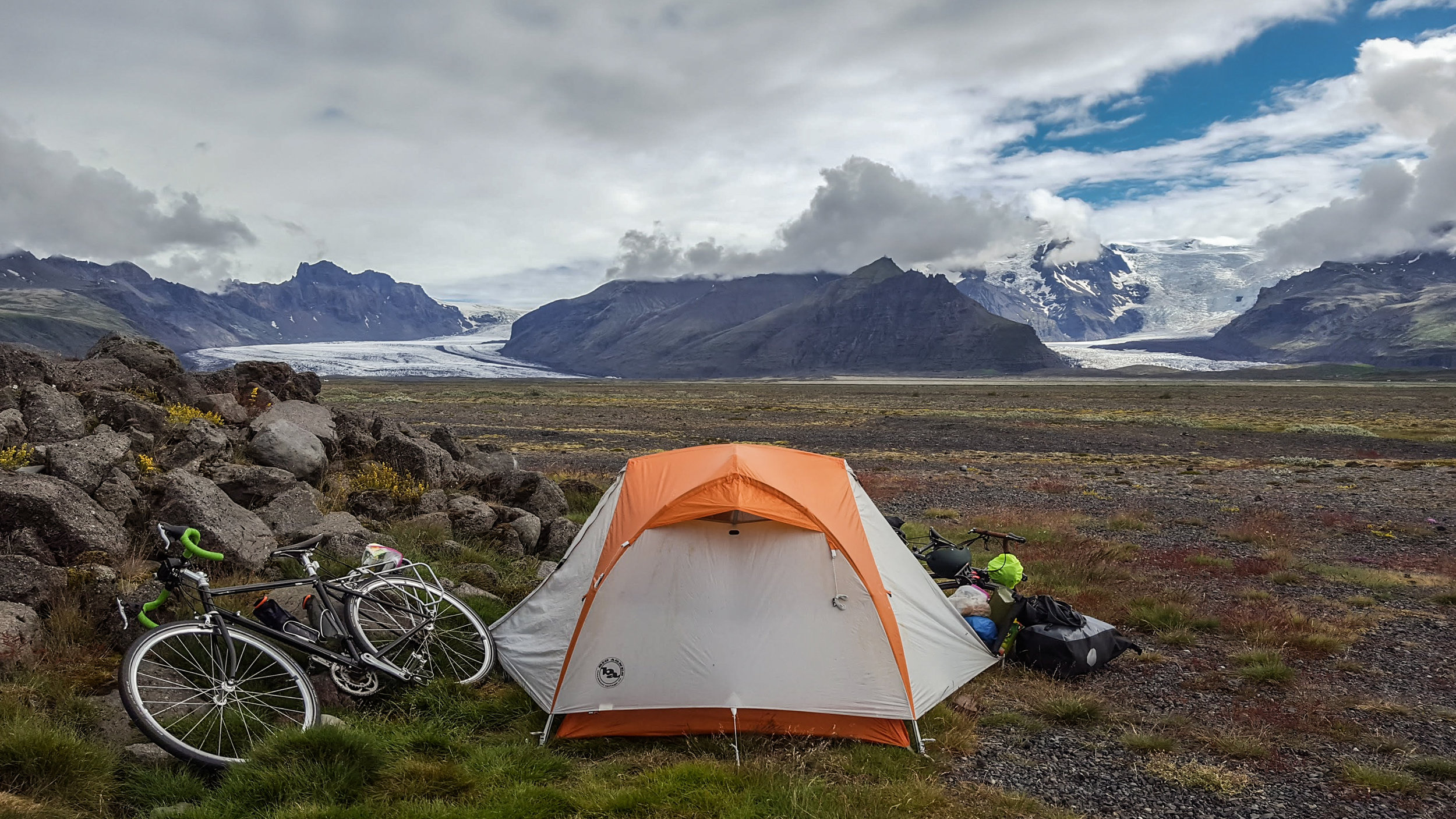Wild camping outside of Skaftafell National Park in southern Iceland.