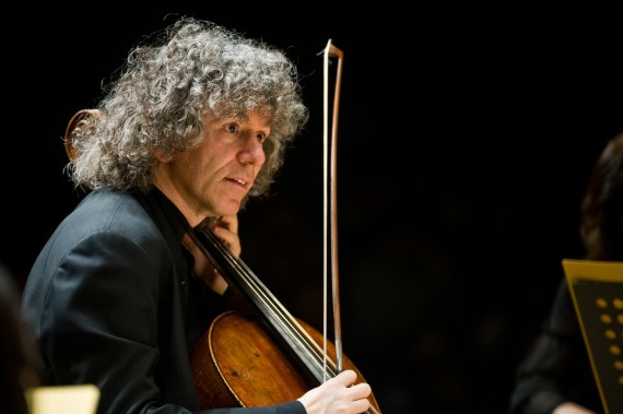 Steven Isserlis  - Internationally-renowned soloist, award-winning chamber musician, educator, author and broadcaster.Grammy-nominated artist.CBE in recognition of his services to music.Learn more