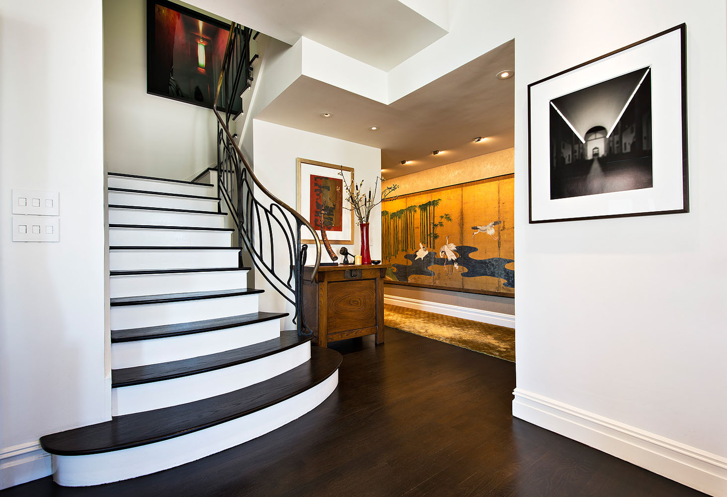 252SeventhAve_PHX_stairs1.jpg