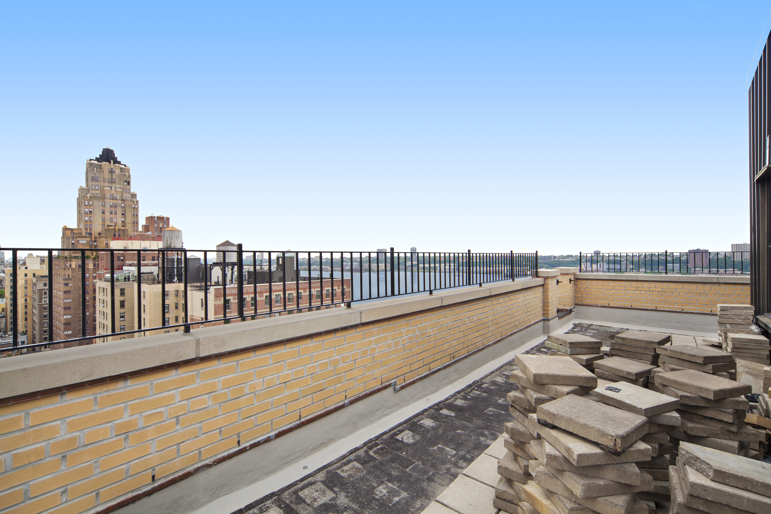 6055_terrace.jpg