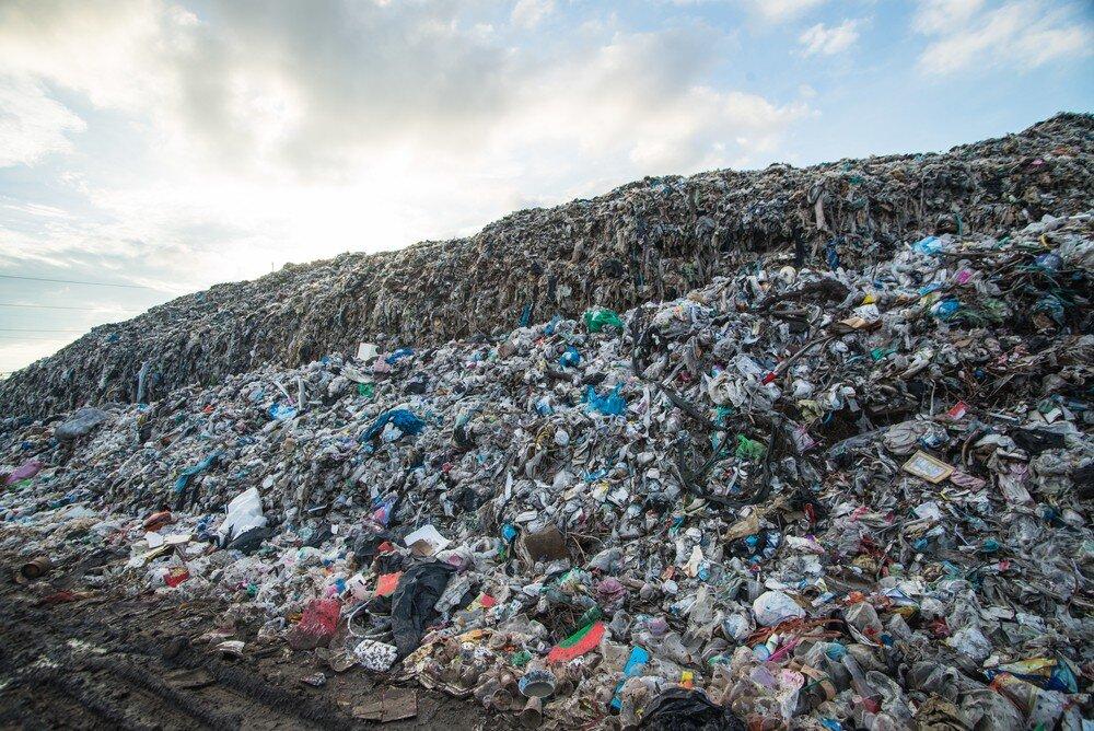 recycling-bin-rental-Waste-Landfill.jpg