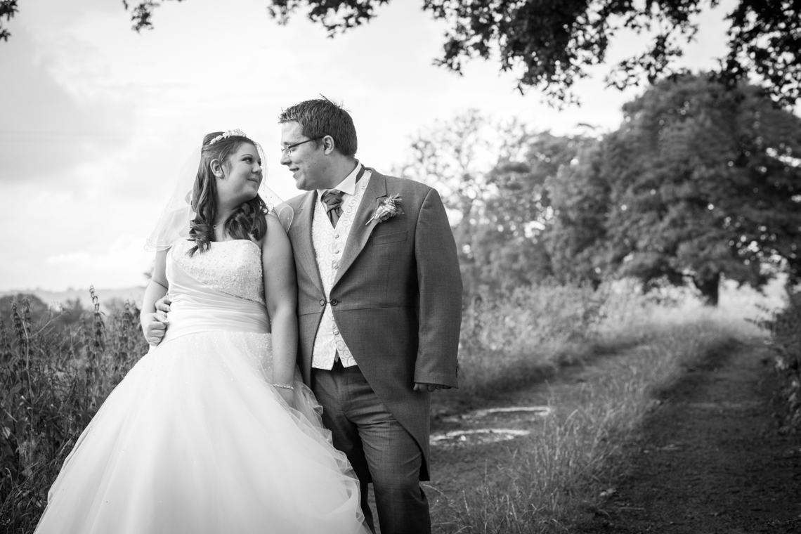hookhouse farm wedding photography, sussex wedding photographer