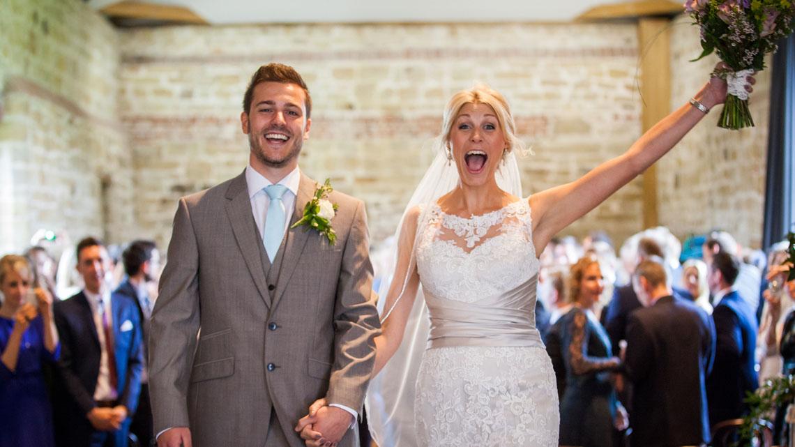 hendall manor barn, sussex wedding photography