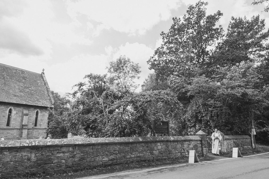 sussex wedding photographer, falconhurst estate wedding