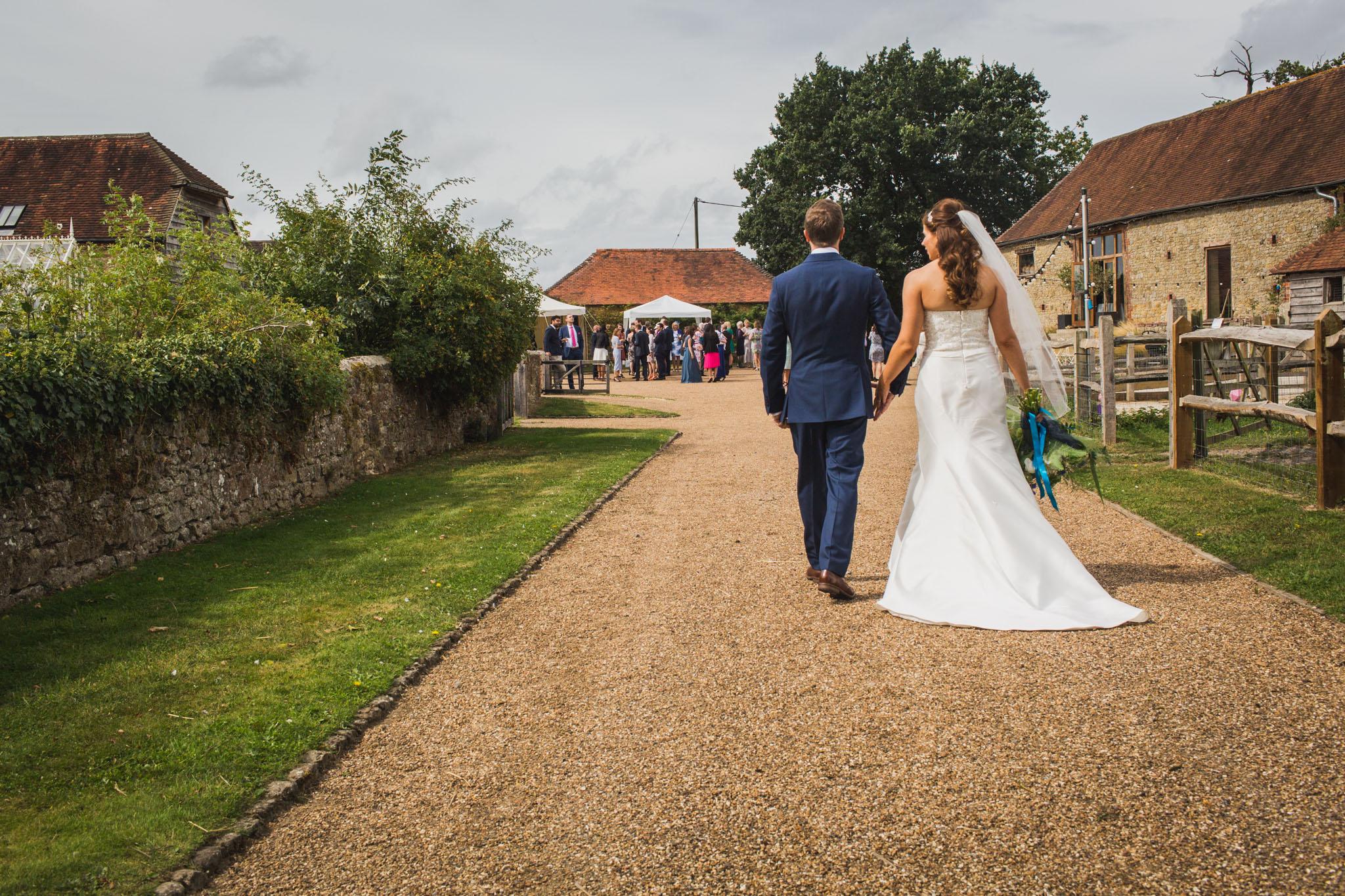 grittenham barn wedding, sussex barn venue