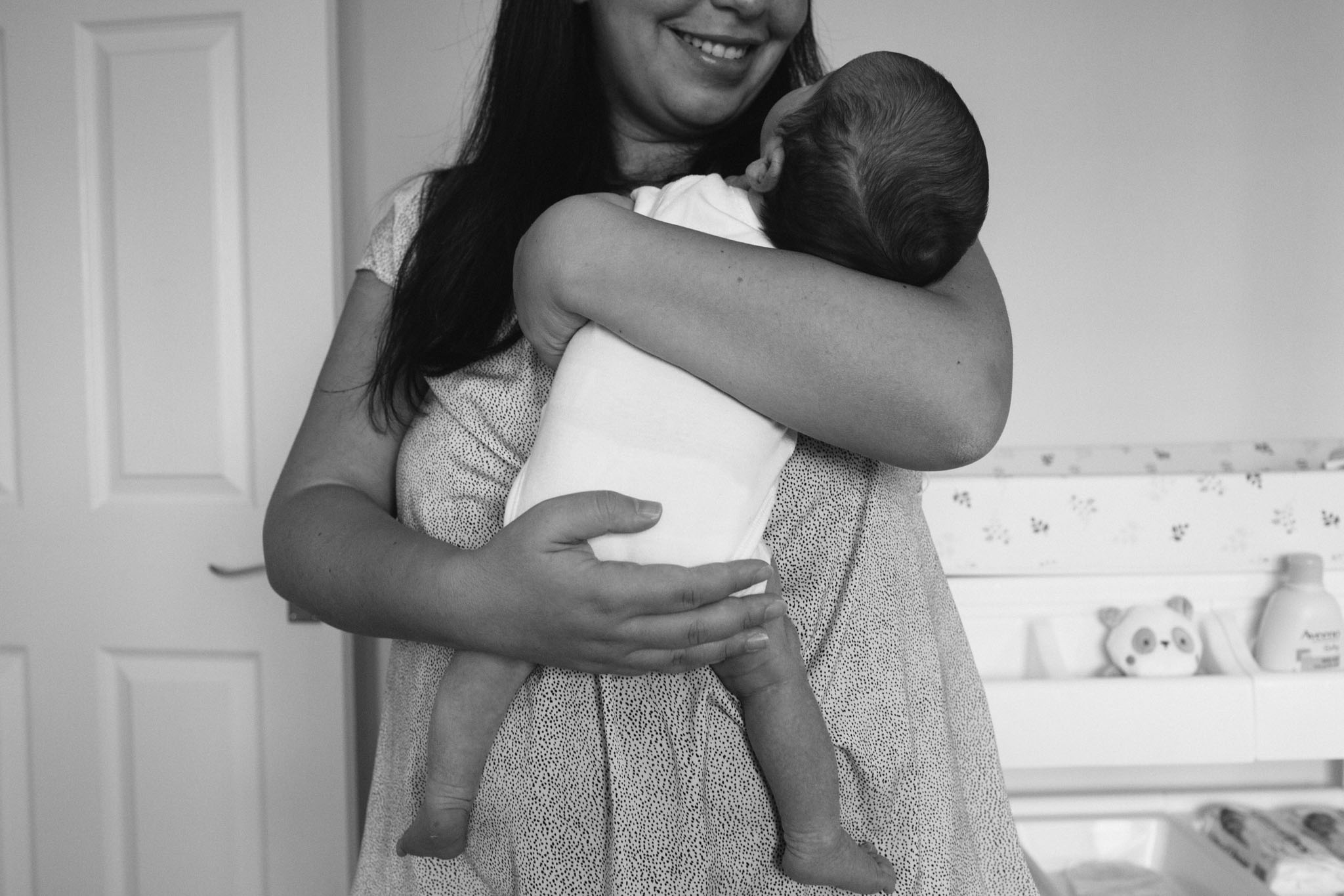 newborn photographer, horsham, sussex