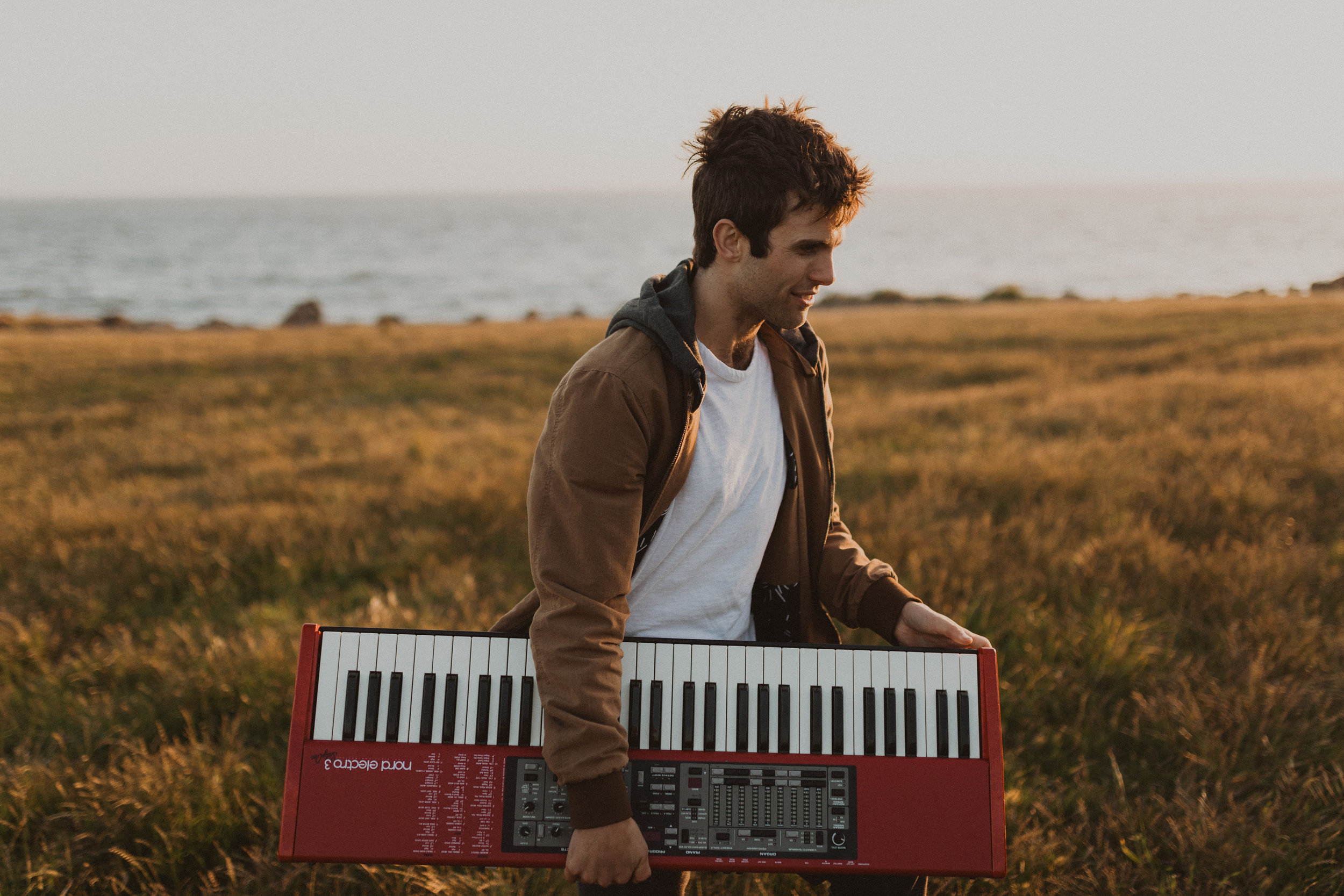 Hello! I'm Jaren. - I compose, perform, and teach music.I care about community, and making the world a more empathetic place. I believe that music and storytelling are central to building these connections.This website holds my portfolio of work, as well as information about my piano studio. I would love to hear from you, please reach me through the Contact page :)