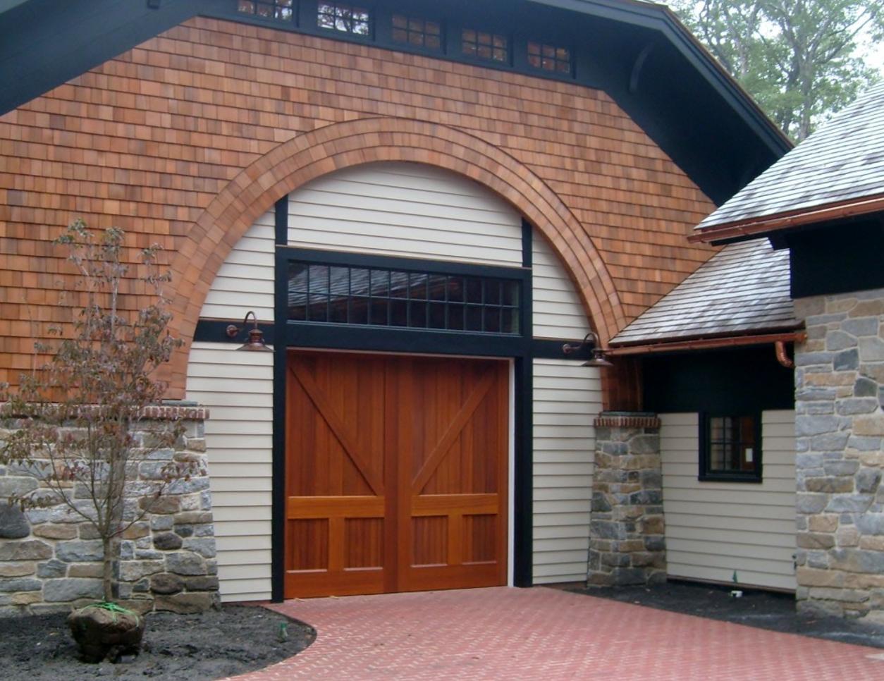 http://blog.barnlightelectric.com/professionals-corner-qa-with-daniel-contelmo-architects/