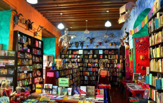 amate-books (1).jpg