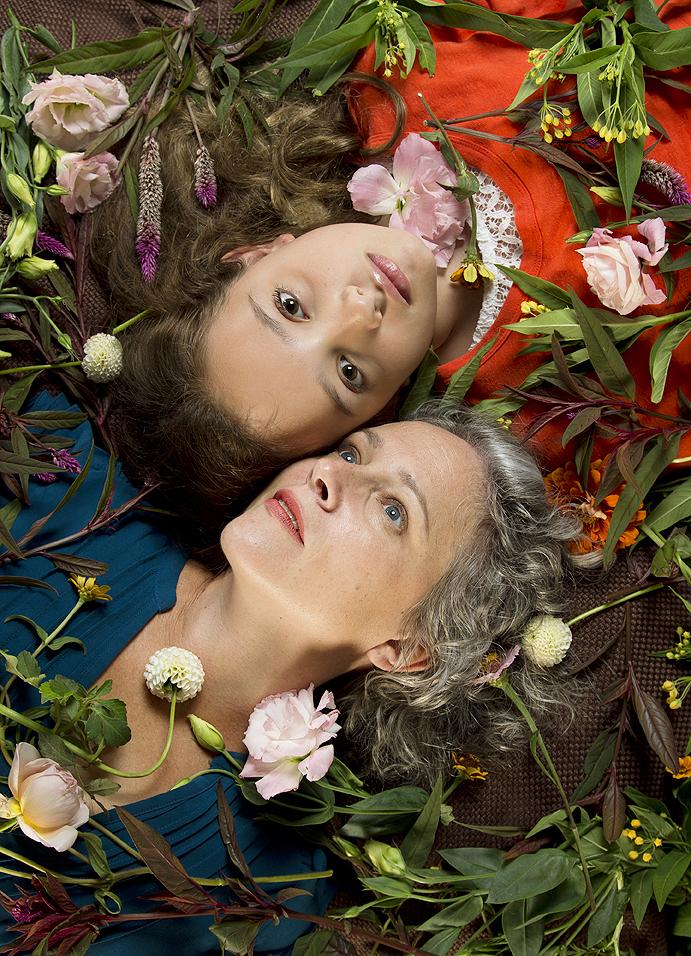 Lynne&Viv.jpg