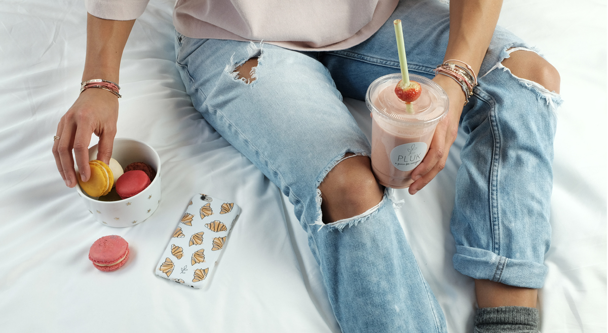 Star Fever Bowl  € 14,95 Croissant Iphonecase  € 12,95
