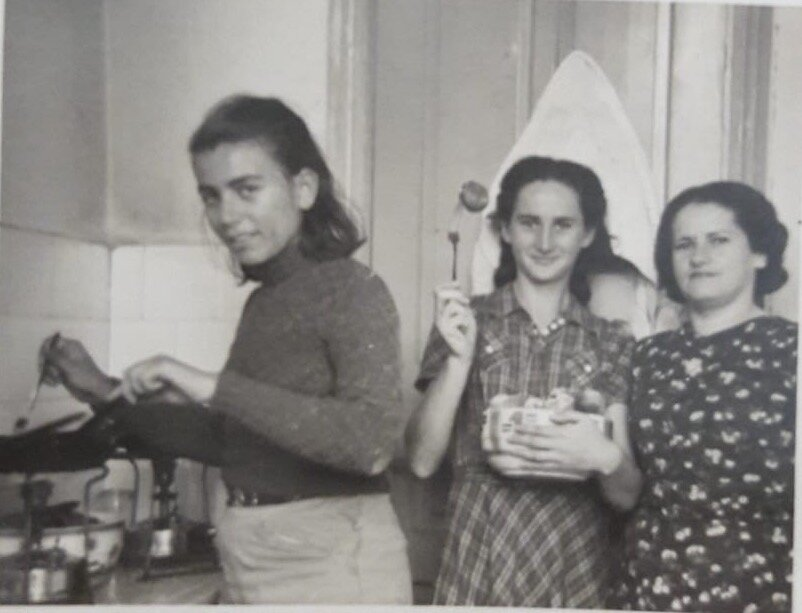 Angela (center), her mom Tzila (right and a friend (left) in Israel, 1940