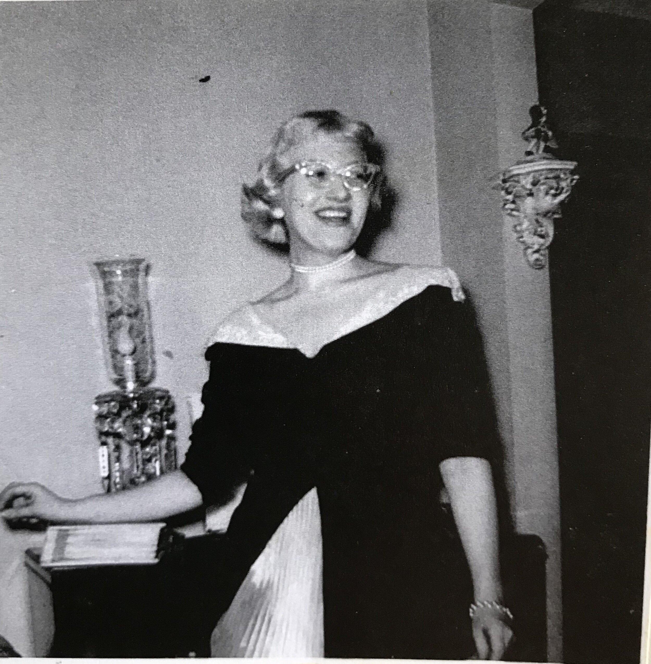 Julia's aunt Renee.