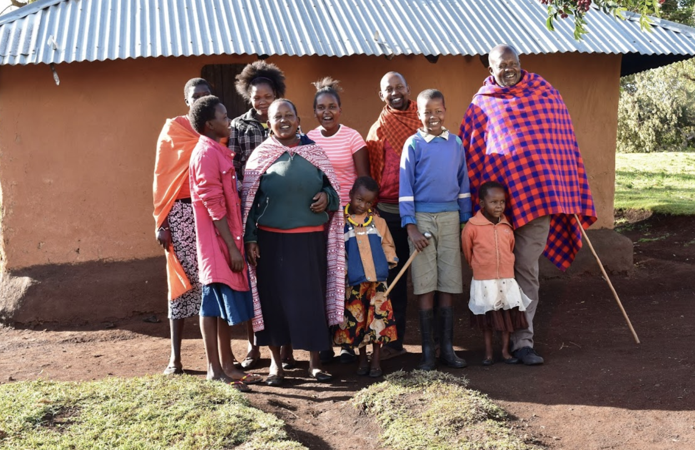 Linet's immediate family gathers for a goodbye photo