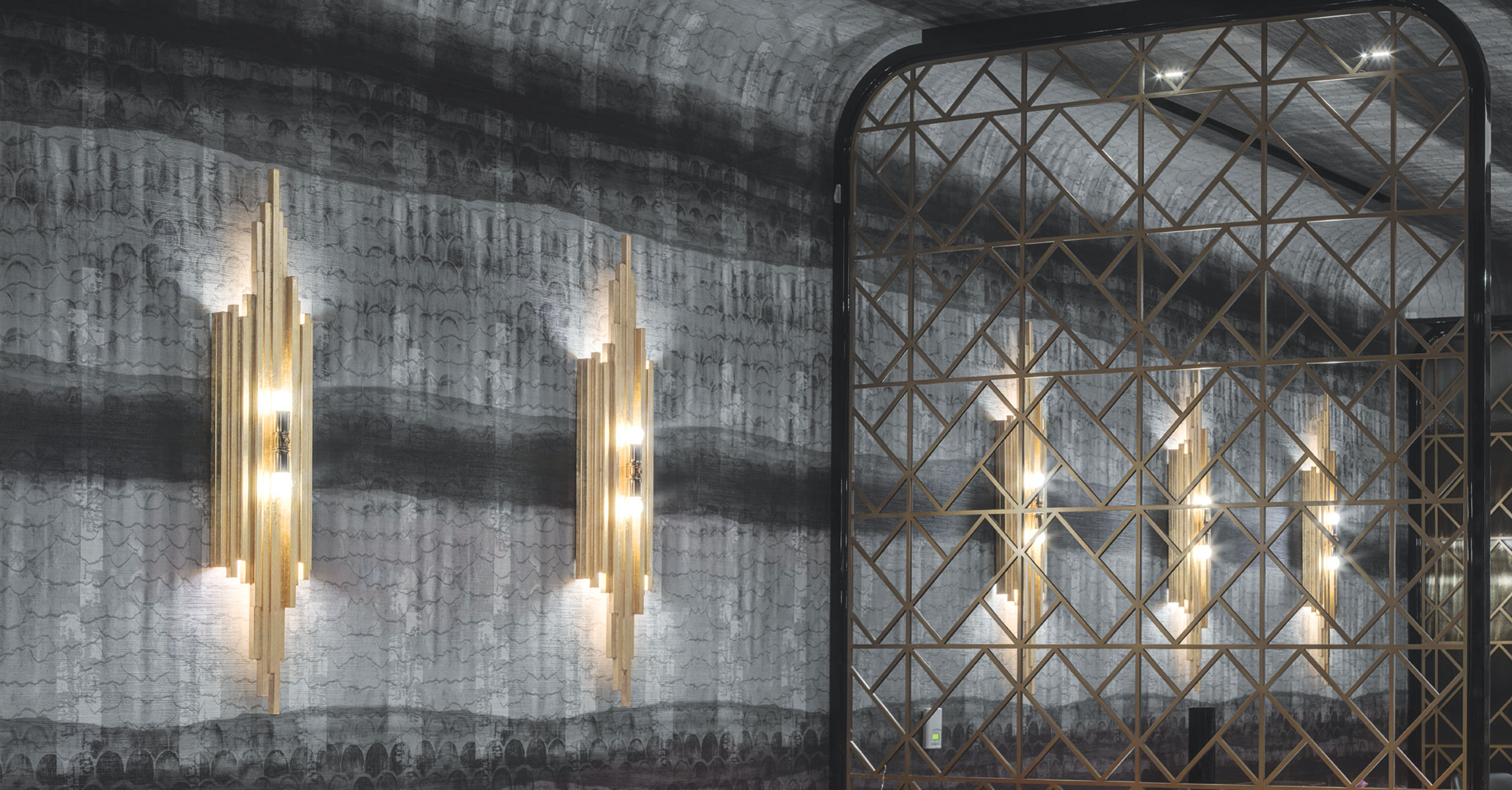 Immersive Custom Wallcovering for Red Plate @ The Cosmopolitan Las Vegas