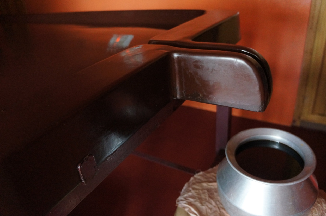 Ayurvedic Treatment Table and Medicinal Oil
