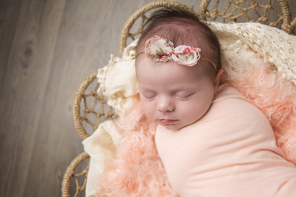 Live Love Blank, Grayson's Newborn Photoshoot and workign with an artist, shannon lee photography, www.shannonleephotography.com Newborn photos, family photography, 2 weeks old www.liveloveblank.com